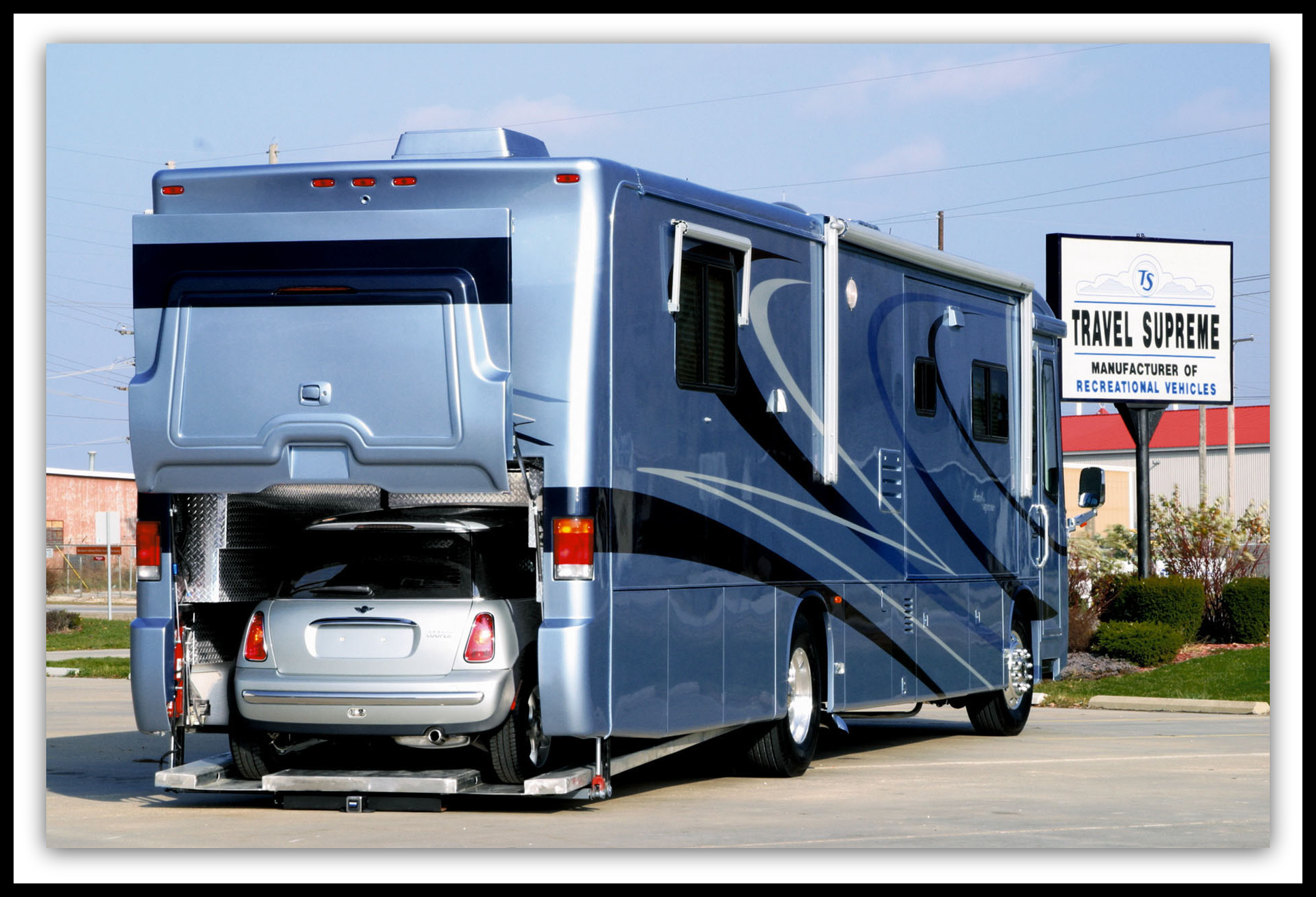 Recreational Vehicles Commercial & Personal Approach
